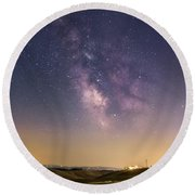 Milky Way In Val D'orcia Round Beach Towel