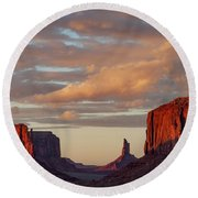 Monument Valley Sunset Round Beach Towel