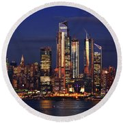 Nyc Sundown Gold And Twilight Skies Round Beach Towel