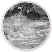 Ocean Wave Splash In Black And White Round Beach Towel