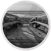 Ogunquit Beach Footbridge At Sunrise Ogunquit Maine Black And White Round Beach Towel