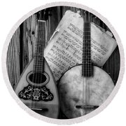 Old Banjo And Mandolin Black And White Round Beach Towel