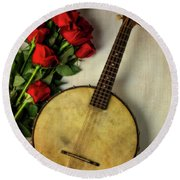 Old Banjo And Roses Round Beach Towel