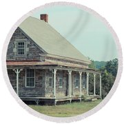 Old Stone Farm House Newbury Vermont Round Beach Towel