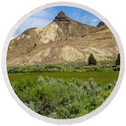 Oregon - John Day Fossil Beds National Monument Sheep Rock 1 Round Beach Towel