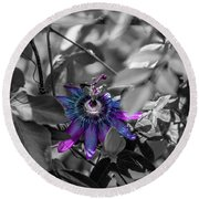 Passion Flower Only Round Beach Towel