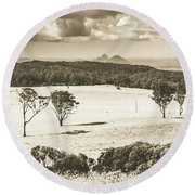 Pastoral Plains Round Beach Towel