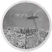 Portrait View Of Downtown San Francisco From Commertial Airplane Round Beach Towel