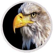 Profile Of Bald Eagle Round Beach Towel