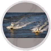 Racing To The Harbor Round Beach Towel
