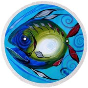Return Fish Round Beach Towel