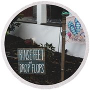 Rinse Feet And Drop Flops Round Beach Towel