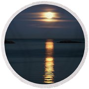 Rise Of The Full Harvest Moon Above Pacific Ocean Round Beach Towel