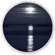 Rise Of The Full Harvest Moon Above Pacific Ocean Black And Whit Round Beach Towel