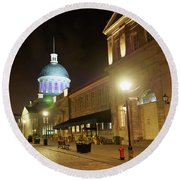 Rue Saint Paul In Old Montreal At Night Round Beach Towel