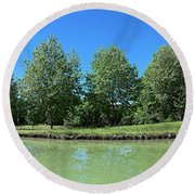 Scenic View Of Burgundy Canal Round Beach Towel