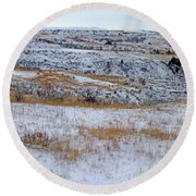 Snowy Slope County Territory Round Beach Towel