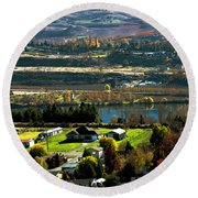 South Wenatchee Fall Round Beach Towel