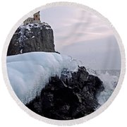 Split Rock Lighthouse Winter Round Beach Towel