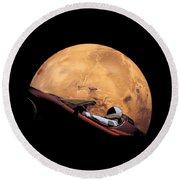 Starman In Orbit Around Mars Round Beach Towel