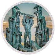 Statue Of Heracles The Hero Round Beach Towel