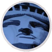 Statue Of Liberty In Cyan Round Beach Towel