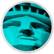 Statue Of Liberty In Turquois Round Beach Towel