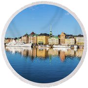 Stockholm Old City Fantastic Golden Hour Sunrise Reflection In The Baltic Sea Round Beach Towel