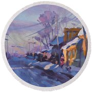 Sunset In A Snowy Street Round Beach Towel
