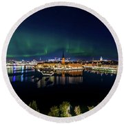 Swirly Aurora Over Stockholm And Gamla Stan Round Beach Towel