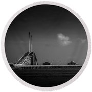 The Great Span Round Beach Towel