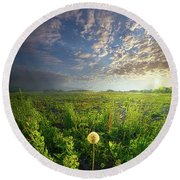 Through Strength Of Faith Round Beach Towel
