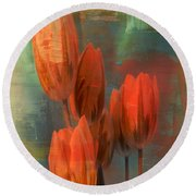 Tulips With Green Background Round Beach Towel