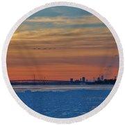Tundra Swan Niagara Sunset Round Beach Towel