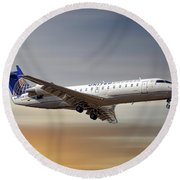 United Express Bombardier Crj-200lr Round Beach Towel