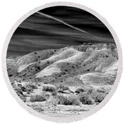 Valley Of Fire Black White Nevada  Round Beach Towel