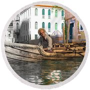 Venice Pause In The Evening Round Beach Towel