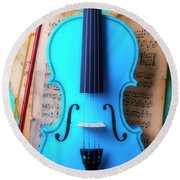 Violin Blues Round Beach Towel