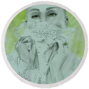 White Lace And Green Eyes Round Beach Towel