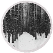 Winter Forest In Black And White Round Beach Towel