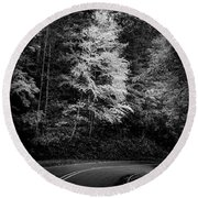 Yellow Tree In The Curve In Black And White Round Beach Towel