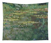 Le Bassin Des Nympheas Tapestry