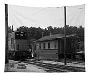 760 Passing The Yard House Bw Tapestry