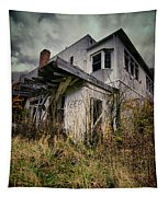 Abandoned Hotel Hdr Tapestry