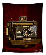 Camera - Polaroid  The Reporter Se Tapestry