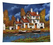 Case Bianche Sul Fiume Tapestry