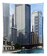 Chicago Il - Chicago River Near Wabash Ave. Bridge Tapestry