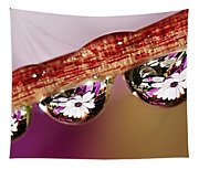 Daisy Droplets Tapestry