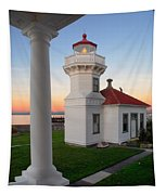 Dusk At Mukilteo Lighhouse Tapestry