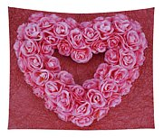 Heart-shaped Floral Arrangement Tapestry